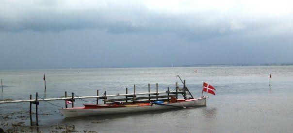 Her ligger vores sukke skib ved laurits bådebro i korshavn